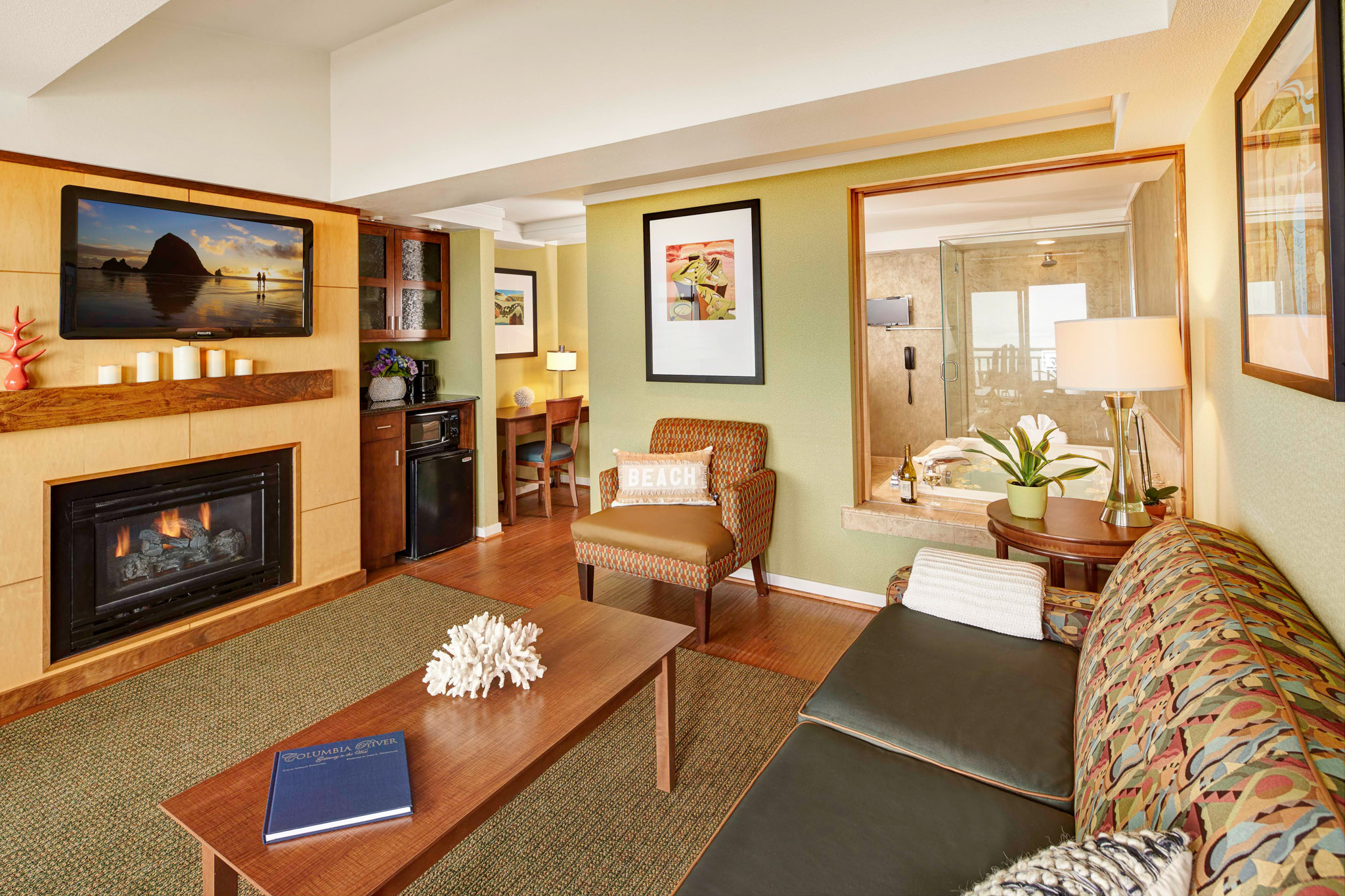 Beachfront Suite 1